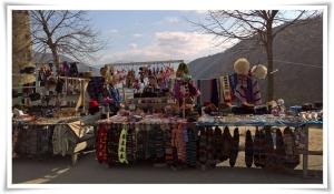 Ananuri - Souvenir Vendors